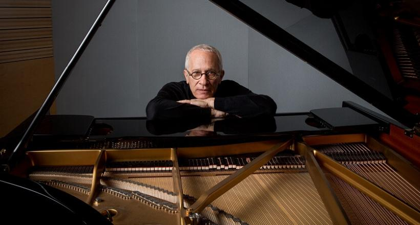 <em>James Newton Howard</em> am 25.11.2017 in der Wiener Stadthalle