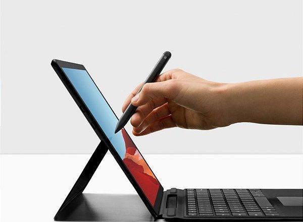 Surface Pro X Österreich Launch